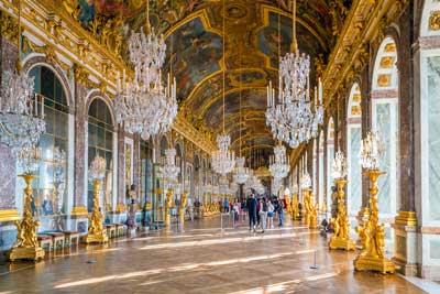 visite la galerie des glaces à Versailles